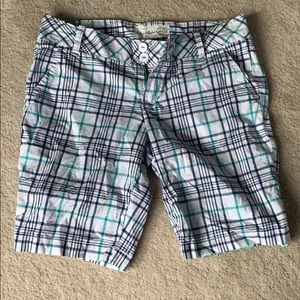 Plaid Bermuda/golf shorts